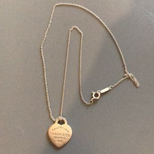 Authentic Tiffany Heart necklace 16""